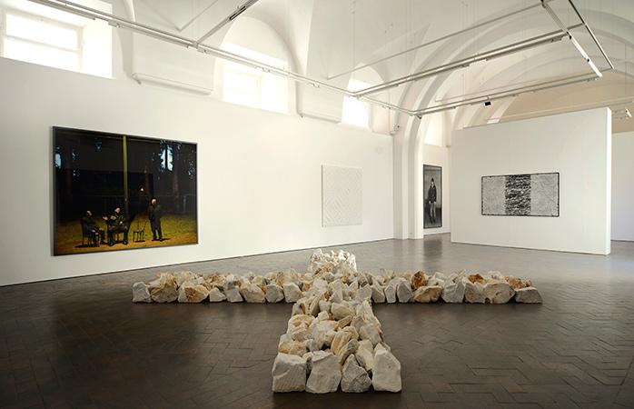 Få genopfrisket din viden om moderne kultur på Galleri Lorcan O'Neill i Rom.