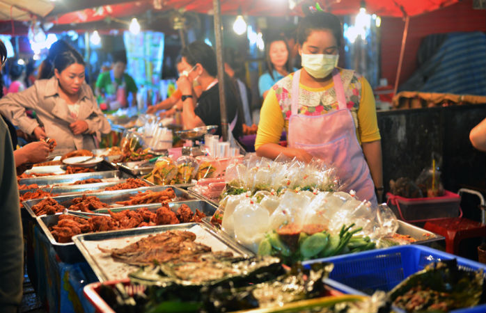 night bazaar i chiang mai