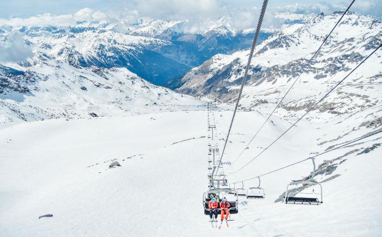 Skiferie i Frankrig: Vintereventyr i Alperne