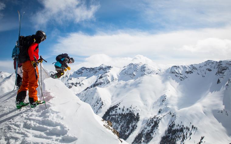 Skiferie på budget: 9 billige skidestinationer der kan hamle op med Alperne
