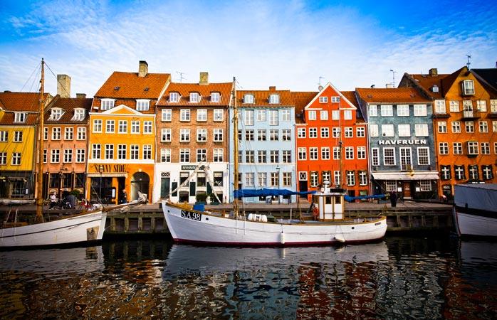Skibet er ladet med idyl i Nyhavn