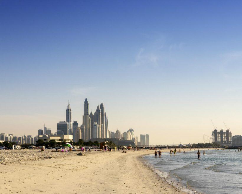 Strandferie i Dubai: En fremtidsoase af overflod
