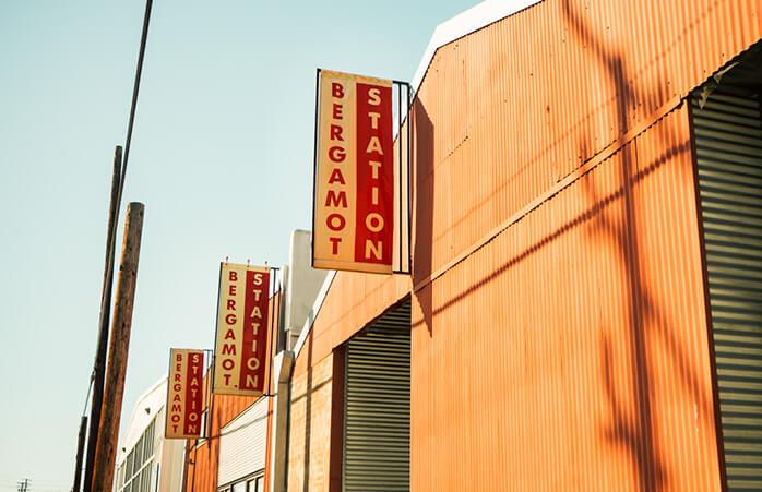 Kunstelsker? Tag til Bergamot Station, Los Angeles' største og bedste kunstforretning!